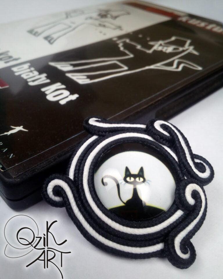 """Autorka: Gosia Qzik Kuzia-Batko Część projektu pod nazwą """"Czarny kot, biały kot"""""""